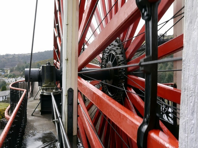 laxey-wheel-11