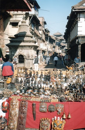 Obiective turistice Nepal: suveniruri Patan.jpg