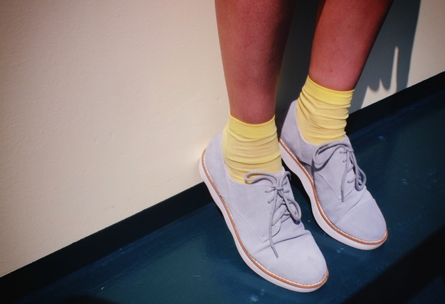 fcuk shoes with yellow socks.jpg