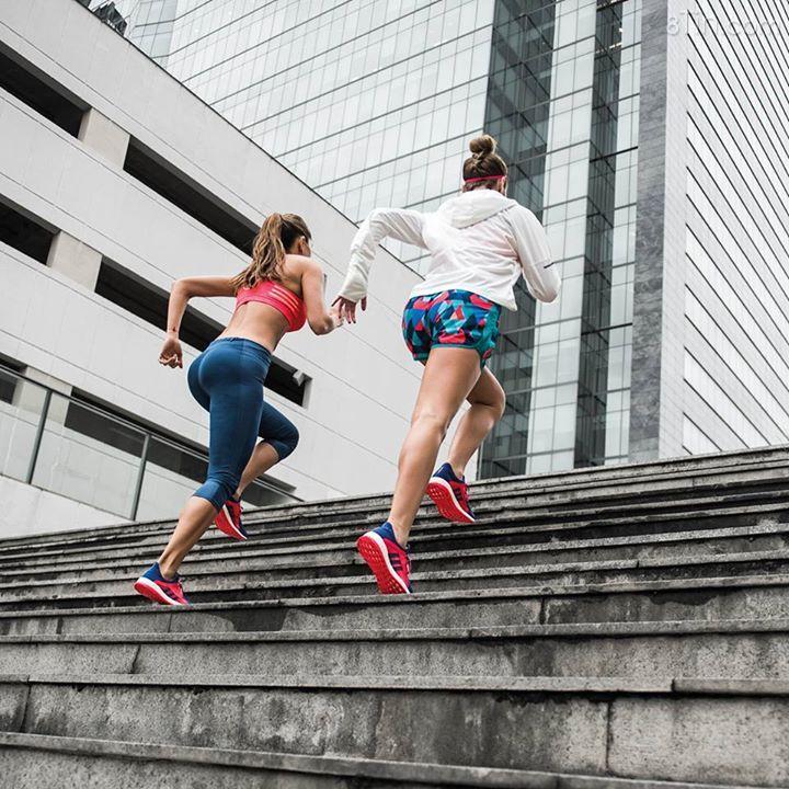 Hãy cùng lướt nhanh trong mỗi bước chạy với hỗ trợ từ #PureBOOSTX