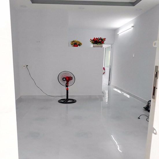 Chính chủ cần bán gấp nhà cấp 4 hẻm 1205 Huỳnh Tấn Phát, Phường Phú Thuận, Quận 7 004