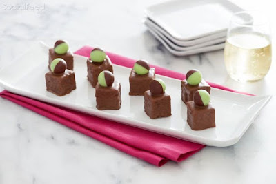 Guarantee your holiday party's a hit by serving delicious AERO Mmmint Petit Fours