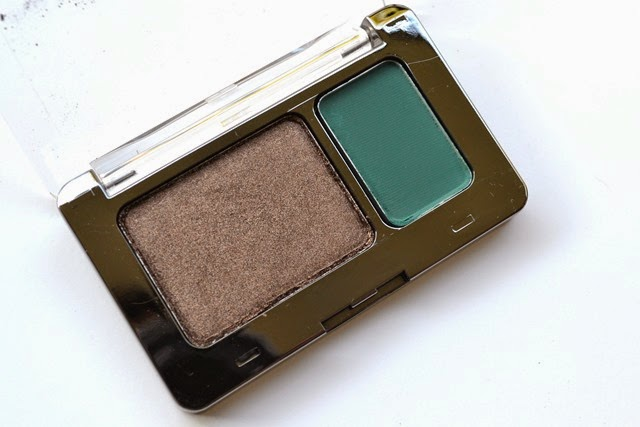 Vasanti Lake Palace Silky Eye Shadow Duo (2)