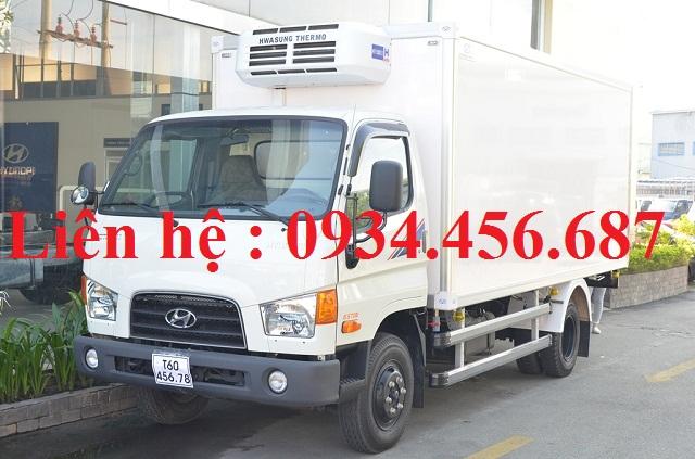 Xe Hyundai 110s thùng đông lạnh