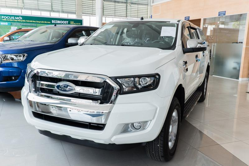Xe Bán Tải Ford Ranger Hoàn Toàn Mới màu trắng 05