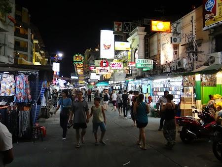 40. Khao San Road noaptea.JPG