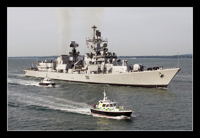 Delhi-Class-Destroyer-INS-Delhi-D61-Indian-Navy-04