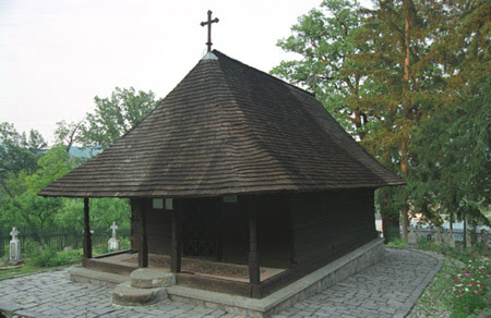Obiective turistice Romania: Manastirea dintr-un lemn.