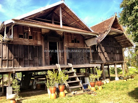 Kelantan Wood Craving Kandis Resource Centre, museum gallery Malay culture traditions, Kelantanese wood carving motifs designs heritage art keris artefacts wooden house workshops, talks and tours visitors artists