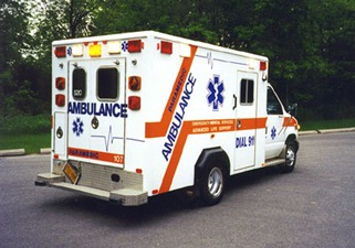 Ford_E350_ambulance2