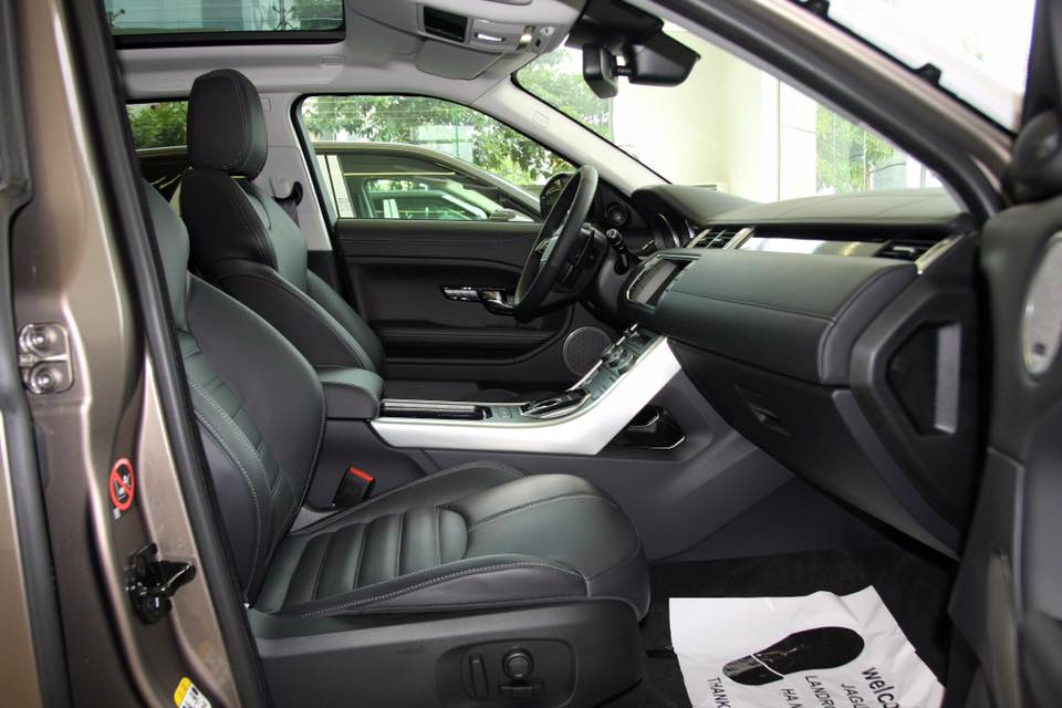 Nội thất xe Range Rover Evoque 03