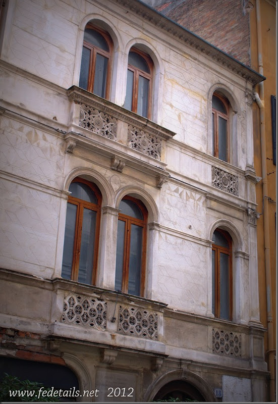 Casa natale di Daniele Bartoli ( facciata ),Ferrara, Emilia Romagna Italia - Birthplace of Daniel Bartoli (facade), Ferrara, Emilia Romagna, Italy - Property and Copyrights of  www.fedetails.net