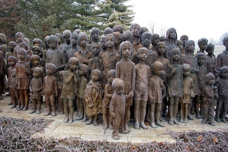children-lidice-4