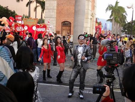Parada Anul Nou Chinezesc: Dansatoare HK