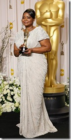 Octavia-Spencer_Jimmy-Choo_Oscars_ShoesNBooze