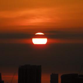 Sunrise  by Suriati Yacob - Landscapes Sunsets & Sunrises ( sunrise, singapore )