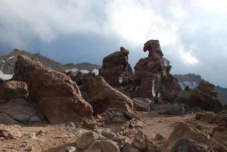 Iran Sabalan formatiuni de roci in varf