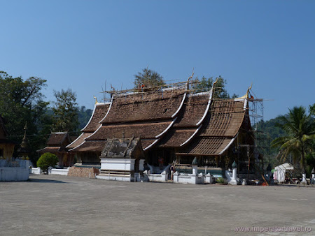 112. templu principal Luang Prabang.JPG