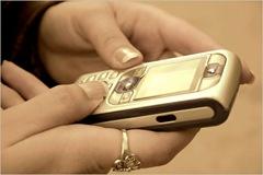 cara sms dengan gebetan atau pacar