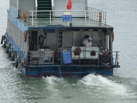 Imagini Guilin: bucatari pe vas