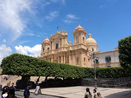 Obiective turistice Sicilia: Notto Domul
