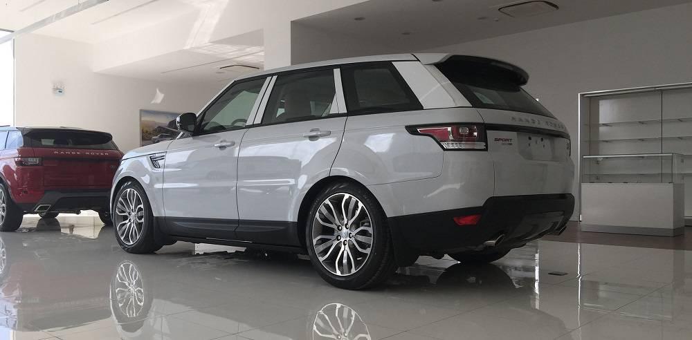Xe Land Rover Range Rover HSE Sport Màu Trắng 06