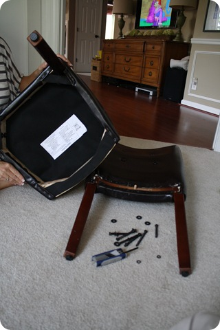 recovering parsonu0027s chair & Before and After Party: Buh Bye Pleather from Thrifty Decor Chick