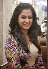 Nanditha_latest_gorgeous_looking_photo