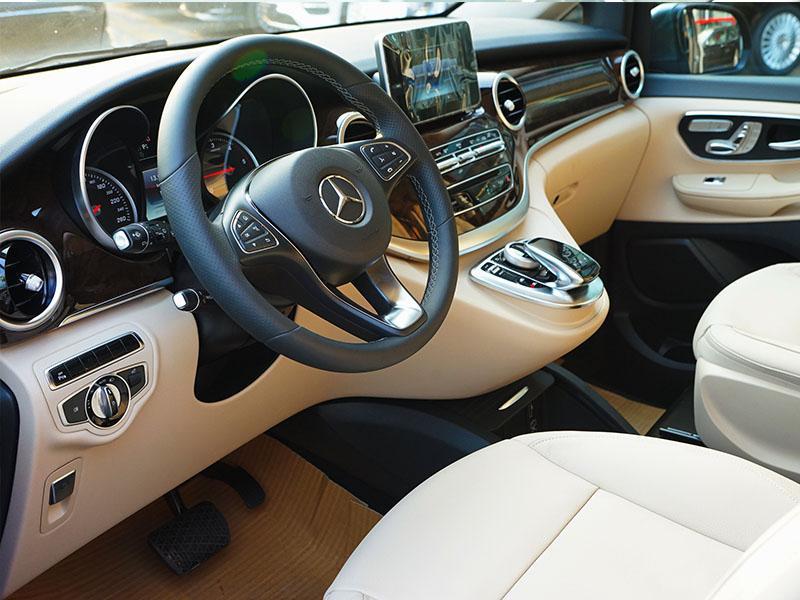 xe Mercedes Benz V220 Máy Dầu 017