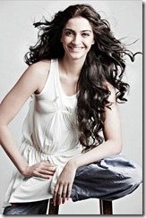 Sonam_Kapoor_stylish_photo1