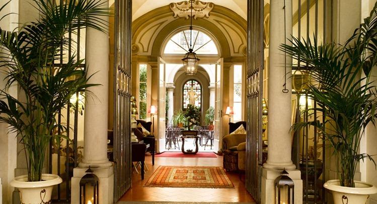 8009_santa_croce_florence_entrance