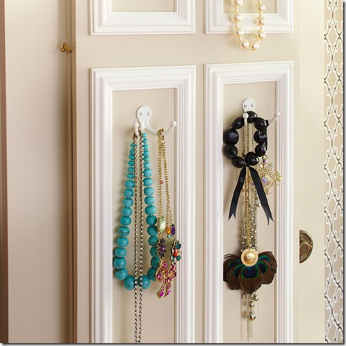 www.lowescreativeideas.com idea-libraryn projects Mirror_Mirror_Off_The_Wall_0111.aspx.ate aqui reach_in_closet_0111_04