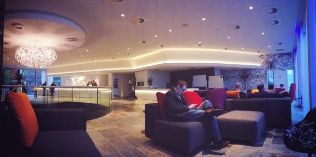 mainport hotel lobby