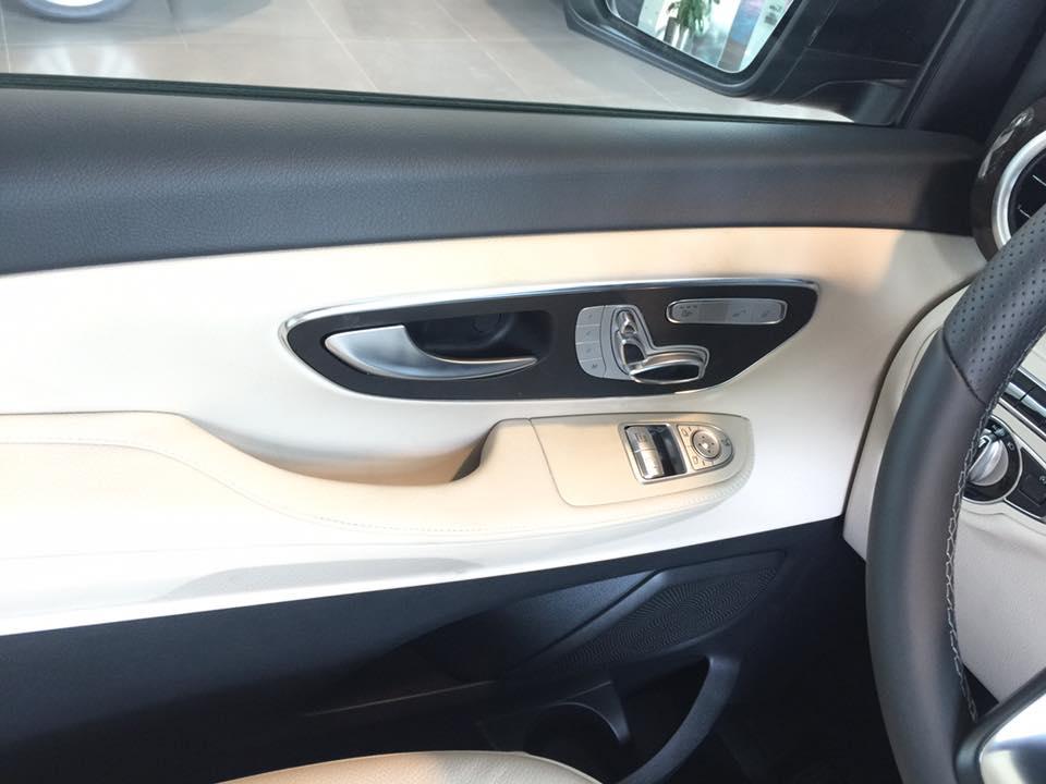 xe Mercedes Benz V220 Máy Dầu 019