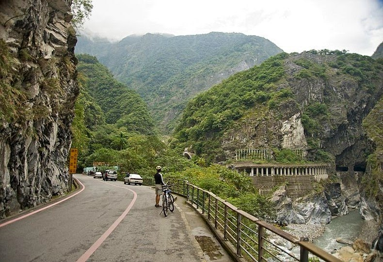 Taroko Gorge The Marble Mountains Of Taiwan Amusing Planet