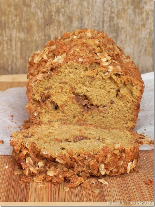 walnut-streusel-bread-1