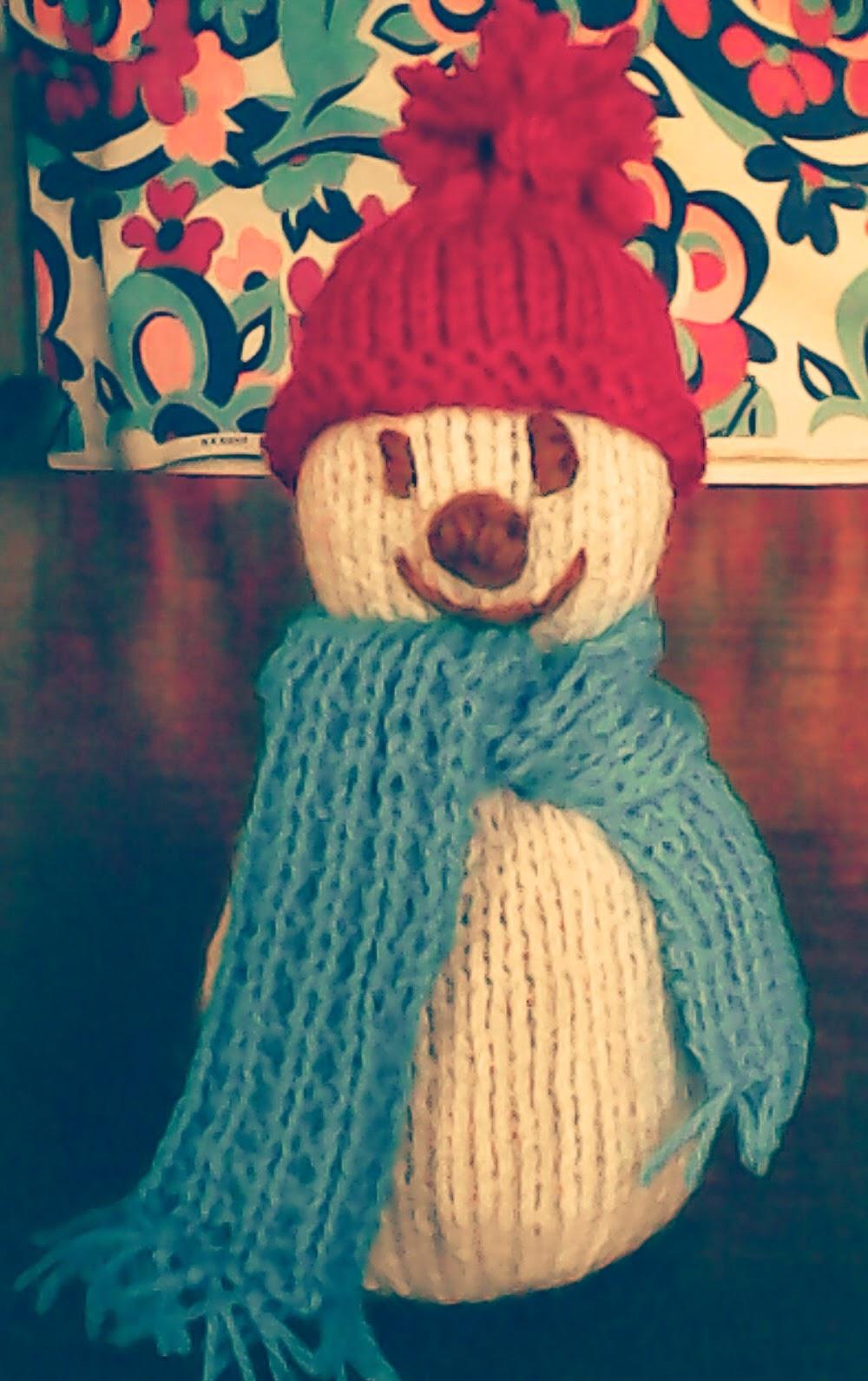 Free pattern: knitted snowman   Holy's stuff