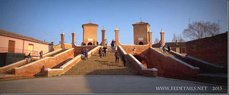 Tre Ponti di Comacchio, Photo 1 , Ferrara, Emilia Romagna, Italy - Property and Copyrights of FEdetails.net