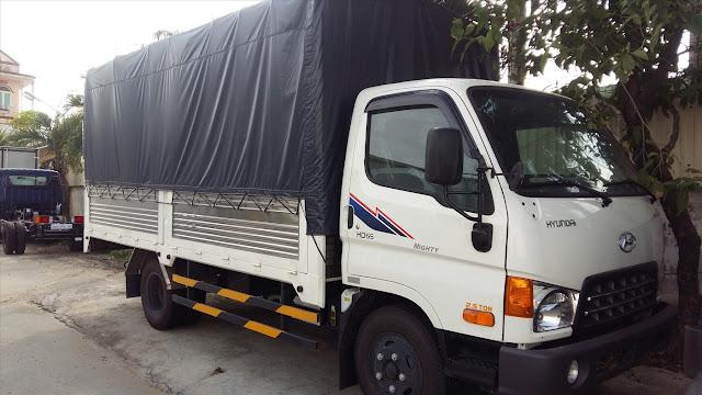 Xe Hyundai HD65 thùng bạt