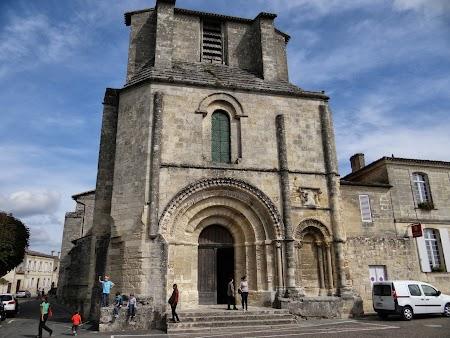 03. Biserica St. Emilion.JPG
