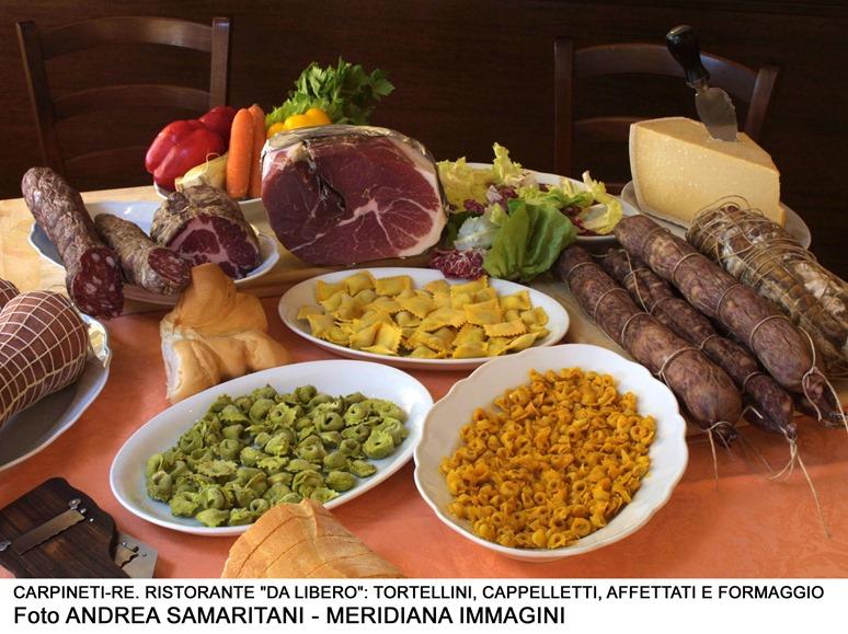 Meridiana Immagini piatti con cappelletti orizzontale