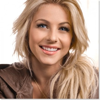 Makeup_For_Blonde_Hair_1