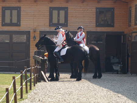 Costume de epoca: cavaleria habsburgica