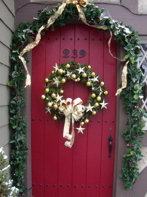 Rms Daniel Red Front Door Christmas Decor S3x4 Lg Resize