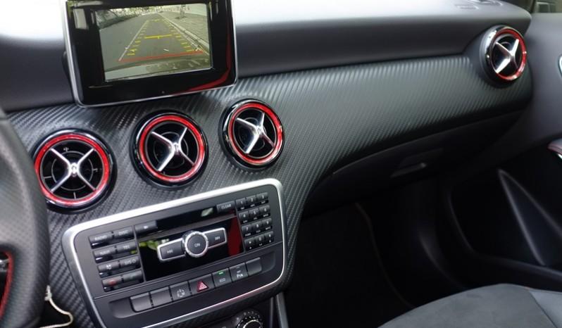 Nội thất xe Mercedes Benz A250 AMG Màu Nâu 2014 02