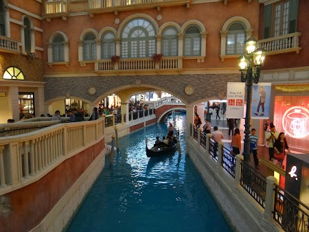 Canale in The Venetian