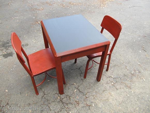 kids chalkboard table (5)