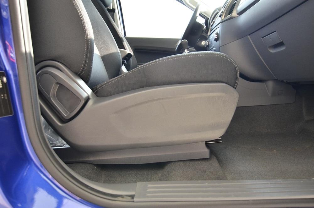 Nội thất xe Bán Tải Ford Ranger 02