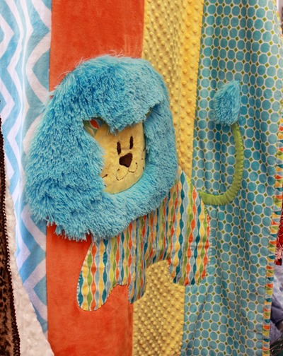 Cute lion applique using cuddle fabrics