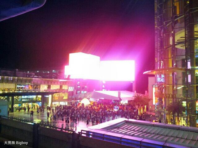 Siam購物區光污染之嚴重